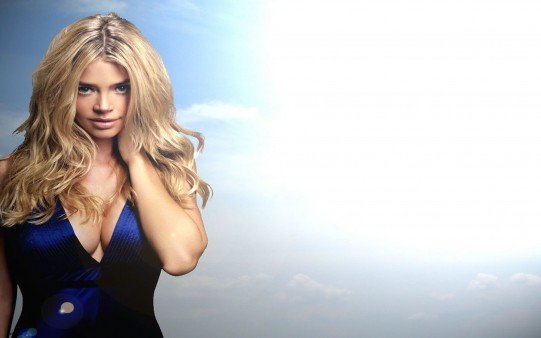 Fondo Escritorio Denise Richards