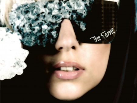 Fondo de Lady Gaga con Gafas Fashion